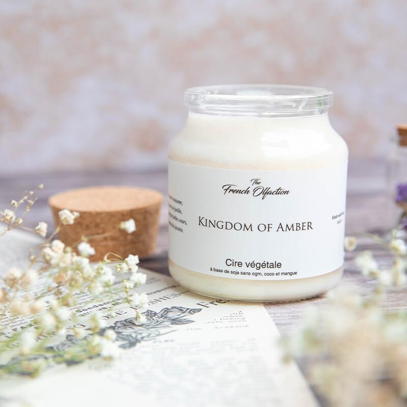 Bougie parfumée 120 grammes 100% végétale et boîte en bois The French Olfaction